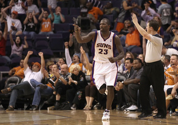 PHOENIX - NOVEMBER 05:  Jason Richardson #23 of the Phoenix Suns reacts after hitting a three point shot during the NBA game against the Memphis Grizzlies at US Airways Center on November 5, 2010 in Phoenix, Arizona. NOTE TO USER: User expressly acknowled