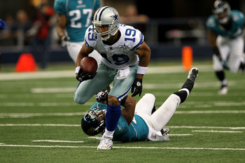 ARLINGTON, TX - OCTOBER 31:  Miles Austin #19 of the Dallas Cowboys runs for yards after the catch against the Jacksonville Jaguars at Cowboys Stadium on October 31, 2010 in Arlington, Texas.  (Photo by Stephen Dunn/Getty Images)