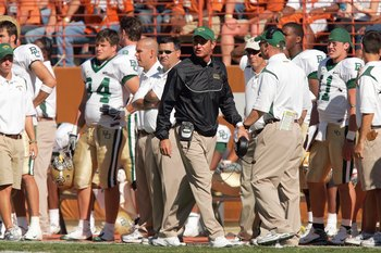 AUSTIN, TX - NOVEMBER 8:  Head coach Art Briles of the Baylor Bears walks on the sidelines during the game against the Texas Longhorns on November 8, 2008 at Darrell K Royal-Texas Memorial Stadium in Austin, Texas.  Texas won 45-21. (Photo by Brian Bahr/G