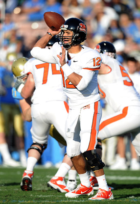 PASADENA, CA - NOVEMBER 06:  Ryan Katz #12 of the Oregon State Beavers passes against the UCLA Bruins during the game at the Rose Bowl on November 6, 2010 in Pasadena, California.  (Photo by Harry How/Getty Images)