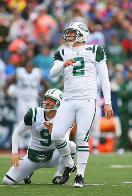ORCHARD PARK, NY - OCTOBER 03: Nick Folk #2 and Steve Weatherford #9  of the New York Jets  watch a field goal attempt miss against the Buffalo Bills at Ralph Wilson Stadium on October 3, 2010 in Orchard Park, New York. The Jets won 38-14. (Photo by Rick