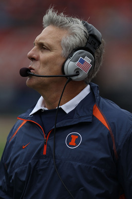CHAMPAIGN, IL - OCTOBER 02: Head coach Ron Zook of the Illinois Fighting Illini watches as his team takes on the Ohio State Buckeyes at Memorial Stadium on October 2, 2010 in Champaign, Illinois. Ohio State defeated Illinois 24-13. (Photo by Jonathan Dani
