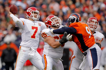 DENVER - NOVEMBER 14:  Quarterback Matt Cassel #7 of the Kansas City Chiefs makes a pass against the Denver Broncos during the second quarter at INVESCO Field at Mile High on November 14, 2010 in Denver, Colorado. (Photo by Justin Edmonds/Getty Images)