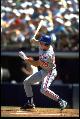 30 APR 1992:  MONTREAL EXPOS INFIELDER BRET BARBERIE MAKES CONTACT WITH A PITCH DURING THE EXPOS VERSUS SAN DIEGO PADRES GAME AT JACK MURPHY STADIUM IN SAN DIEGO, CALIFORNIA.  MANDATORY CREDIT:  STEPHEN DUNN/ALLSPORT