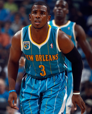 NEW ORLEANS - OCTOBER 27:  Chris Paul #3 of the New Orleans Hornets in action during the game against the Milwaukee Bucks on October 27, 2010 in New Orleans, Louisiana.  NOTE TO USER: User expressly acknowledges and agrees that, by downloading and or usin