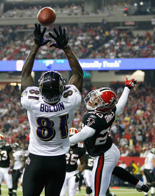 ATLANTA - NOVEMBER 11:  Anquan Boldin #81 of the Baltimore Ravens pulls in this touchdown reception against Brent Grimes #20 of the Atlanta Falcons at Georgia Dome on November 11, 2010 in Atlanta, Georgia.  (Photo by Kevin C. Cox/Getty Images)