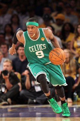 Rajon Rondo has an arsenal of dribble moves including the crossover.