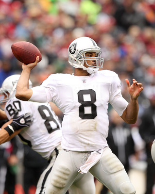 SAN FRANCISCO - OCTOBER 17:  Jason Campbell #8 of the Oakland Raiders in action against the San Francisco 49ers at Candlestick Park on October 17, 2010 in San Francisco, California.  (Photo by Ezra Shaw/Getty Images)