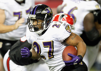ATLANTA - NOVEMBER 11:  Ray Rice #27 of the Baltimore Ravens rushes upfield against the Atlanta Falcons at Georgia Dome on November 11, 2010 in Atlanta, Georgia.  (Photo by Kevin C. Cox/Getty Images)