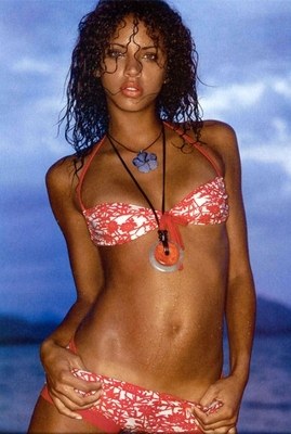 Noemielenoir_display_image