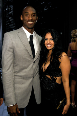 LOS ANGELES, CA - JULY 15:  ***EXCLUSIVE*** NBA player Kobe Bryant and wife Vanessa pose backstage during the 2009 ESPY Awards held at Nokia Theatre LA Live on July 15, 2009 in Los Angeles, California. The 17th annual ESPYs will air on Sunday, July 19 at