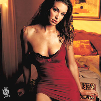 Bianca_kajlich_07_display_image