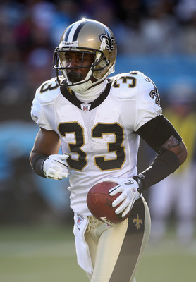 CHARLOTTE, NC - NOVEMBER 07:  Jabari Greer #33 of the New Orleans Saints against the Carolina Panthers during their game at Bank of America Stadium on November 7, 2010 in Charlotte, North Carolina.  (Photo by Streeter Lecka/Getty Images)