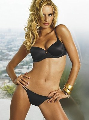 Karolina-kurkova-net-worth_display_image