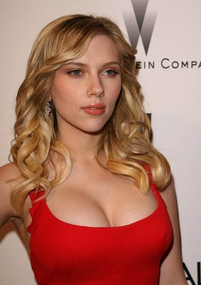 21969_scarlett_johansson_display_image