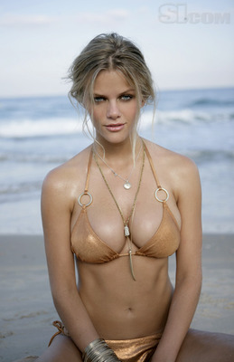 Brooklyn_decker_exotic_display_image