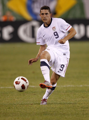 EAST RUTHERFORD, NJ - AUGUST 10: Herculez Gomez #9 of the U.S. faces Brazil in the second half of a friendly match at the New Meadowlands on August 10, 2010 in East Rutherford, New Jersey. (Photo by Jeff Zelevansky/Getty Images)