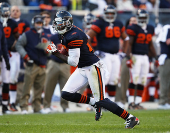 CHICAGO - NOVEMBER 14: Devin Hester #23 of the Chicago Bears returns a punt against the Minnesota Vikings at Soldier Field on November 14, 2010 in Chicago, Illinois. The Bears defeated the Vikings 27-13. (Photo by Jonathan Daniel/Getty Images)