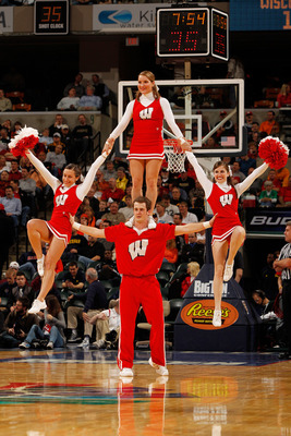Wisconsin-cheer1_display_image