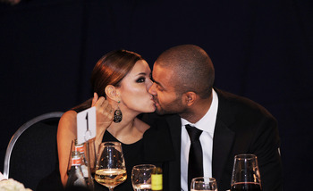 WASHINGTON - SEPTEMBER 15:  (AFP OUT) Actress Eva Longoria (L) and NBA player Tony Parker kiss at the Congressional Hispanic Caucus Institute's 33rd Annual Awards Gala at the Washington Convention Center September 15, 2010 in Washington, DC. President Bar