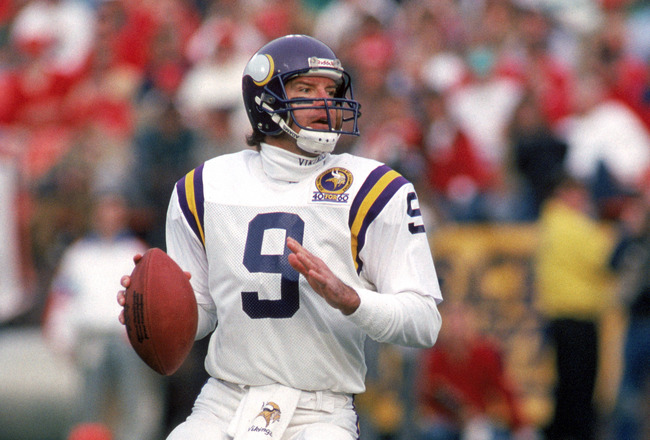 SAN FRANCISCO - JANUARY 6:  Quarterback Tommy Kramer #9 of the Minnesota Vikings looks to pass against the San Francisco 49ers during the 1989 NFC Divisional Playoff game at Candlestick Park on January 6, 1990 in San Francisco, California.  The 49ers won