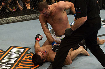 Rua didn't leave the decision to the Judges in UFC 113