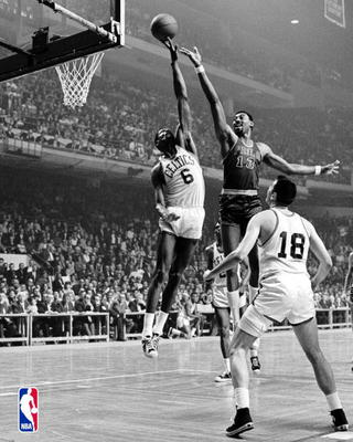 Bill_russell_vs_wilt_chamberlain_19701_display_image