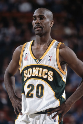 19 Dec 2001:  Point guard Gary Payton #20 of the Seattle SuperSonics rests during the NBA game against the Sacramento Kings at Key Arena in Seattle, Washington.  The SuperSonics defeated the Kings 104-92.Mandatory Credit:  Otto Greule/Getty Images