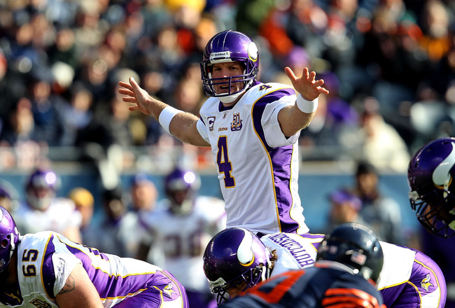 CHICAGO - NOVEMBER 14: Brett Favre #4 of the Minnesota Vikings looks over the Chicago Bear defense before taking the snap at Soldier Field on November 14, 2010 in Chicago, Illinois. The Bears defeated the Vikings 27-13. (Photo by Jonathan Daniel/Getty Ima