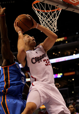 LOS ANGELES, CA - NOVEMBER 03:  Blake Griffin #32 of the Los Angeles Clippers goes up for a shot against the Oklahoma City Thunder at Staples Center on November 3, 2010 in Los Angeles, California. The Clippers won 107-92.  NOTE TO USER: User expressly ack