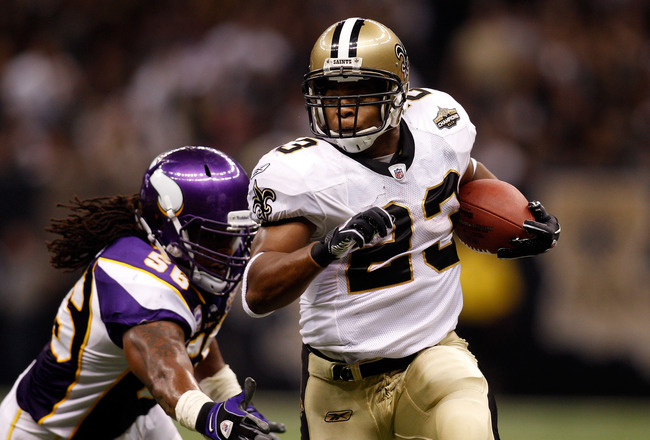 NEW ORLEANS - SEPTEMBER 09:  Pierre Thomas #23 of the New Orleans Saints in action against the Minnesota Vikings at Louisiana Superdome on September 9, 2010 in New Orleans, Louisiana.(Photo by Chris Graythen/Getty Images)