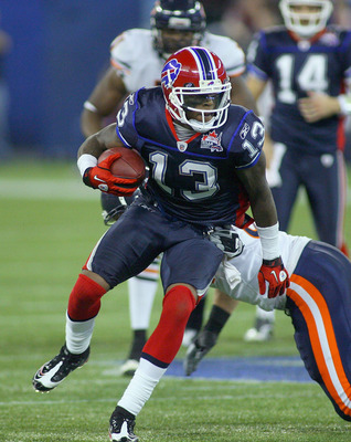 TORONTO, ON - NOVEMBER 07: Steve Johnson #13 of the Buffalo Bills runs after a catch against the Chicago Bears at Rogers Centre on November 7, 2010 in Toronto, Canada. Chicago won 22-19. (Photo by Rick Stewart/Getty Images)
