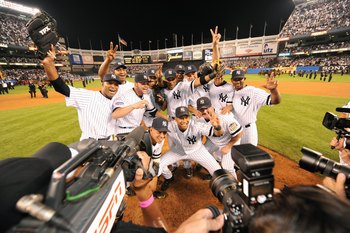 Yankees pose for a final photo op at The House That Ruth Built--- but had there been an additional wild-card in 2008, there would have been a breathtaking 3-game Wild-Card series between the Yankees and Red Sox. Talk about sending that stadium out right...