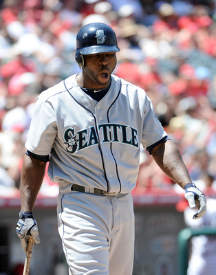 ANAHEIM, CA - MAY 29:  Milton Bradley #15 of the Seattle Mariners reacts after his strikeout with men in scoring position against the Los Angeles Angels during the third inning at Angel Stadium on May 29, 2010 in Anaheim, California.  (Photo by Harry How/