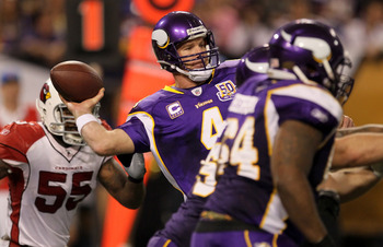 MINNEAPOLIS - NOVEMBER 07:  Quarterback Brett Favre #4 of the Minnesota Vikings throws a pass against the Arizona Cardinals at Hubert H. Humphrey Metrodome on November 7, 2010 in Minneapolis, Minnesota.  The Vikings won 27-24 in overtime. (Photo by Stephe