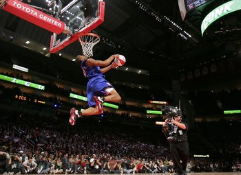 Andre Iguodala's incredible All Star weekend dunk.