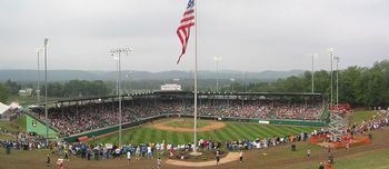 800px-little_league_world_series_and_lamade_stadium_display_image