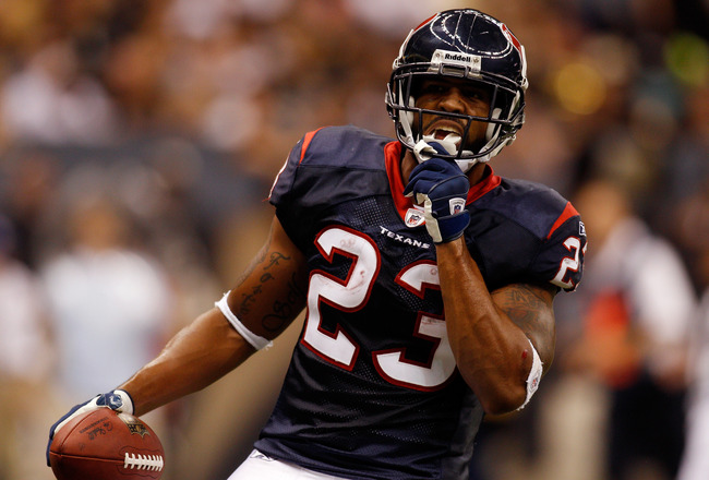 NEW ORLEANS - AUGUST 21:  Arian Foster #23 of the Houston Texans celebrates after scoring a touchdown against the New Orleans Saints at the Louisiana Superdome on August 21, 2010 in New Orleans, Louisiana.  (Photo by Chris Graythen/Getty Images)