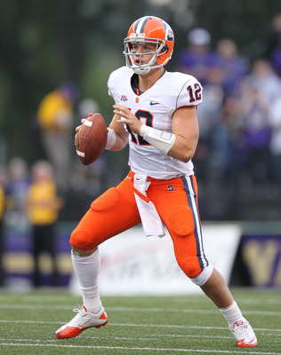 SEATTLE - SEPTEMBER 11:  Quarterback Ryan Nassib #12 of the Syracuse Orange looks down field against the Washington Huskies on September 11, 2010 at Husky Stadium in Seattle, Washington. (Photo by Otto Greule Jr/Getty Images)