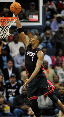 MEMPHIS, TN - NOVEMBER 20:  Chris Bosh #1 of the Miami Heat drives for a layup against the Memphis Grizzlies at FedExForum on November 20, 2010 in Memphis, Tennessee. The Grizzlies won 97-95. NOTE TO USER: User expressly acknowledges and agrees that, by d