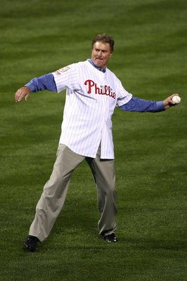 PHILADELPHIA - OCTOBER 25:  Steve Carlton throws out the first pitch before the Philadelphia Phillies take on the Tampa Bay Rays during game three of the 2008 MLB World Series on October 25, 2008 at Citizens Bank Park in Philadelphia, Pennsylvania.  (Phot
