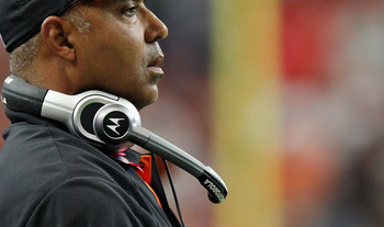 ATLANTA - OCTOBER 24:  Head coach Marvin Lewis of the Cincinnati Bengals against the Atlanta Falcons at Georgia Dome on October 24, 2010 in Atlanta, Georgia.  (Photo by Kevin C. Cox/Getty Images)