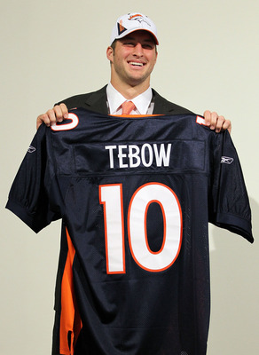 ENGLEWOOD, CO - APRIL 23:  Tim Tebow is introduced by the Denver Broncos at a press conference at the Broncos Headquarters in Dove Valley on April 23, 2010 in Englewood, Colorado. The Broncos picked Tebow in the first round of the 2010 NFL draft.  (Photo