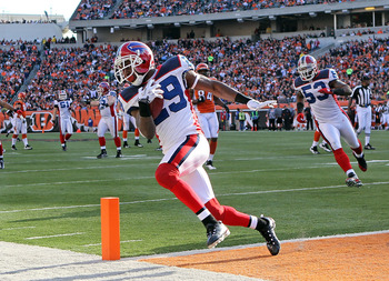 CINCINNATI - NOVEMBER 21:  Drayton Florence #29 of the Buffalo Bills runs for a touchdown after recovering a fumble during NFL game against the Cincinnati Bengals at Paul Brown Stadium on November 21, 2010 in Cincinnati, Ohio. The Bills won 49-31.  (Photo
