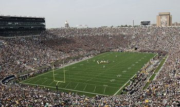 SOUTH BEND, IN - SEPTEMBER 16:  A general view is seen as the Michigan Wolverines run an offensive play against the defense of the Notre Dame Fighting Irish September 16, 2006 at Notre Dame Stadium in South Bend, Indiana.  (Photo by Chris Chambers/Getty I