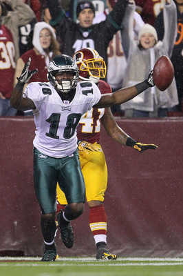 LANDOVER, MD - NOVEMBER 15: Jeremy Maclin #18 of the Philadelphia Eagles celebrates after scoring a touchdown against the Washington Redskins on November 15, 2010 at FedExField in Landover, Maryland.  (Photo by Chris McGrath/Getty Images)