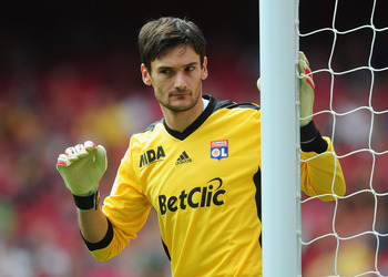 LONDON, ENGLAND - AUGUST 01:  Hugo Lloris of Lyon in action during the Emirates Cup match between AC Milan and Lyon at Emirates Stadium on August 1, 2010 in London, England.  (Photo by Mike Hewitt/Getty Images)