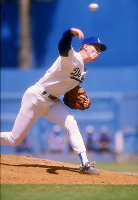1988:  Pitcher Orel Hershiser of the Los Angeles Dodgers throws the ball during a game at Dodger Stadium in Los Angeles, California. Mandatory Credit: Scott Halleran  /Allsport