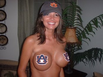 1auburn-boobs_display_image
