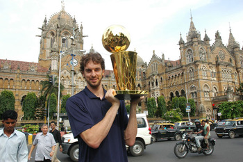 Pau Gasol in India during summer of 2010